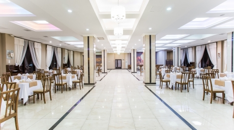 >Сlassic restaurant Best Western Plus